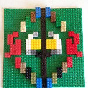 Simetrías con Lego en Aprendemos junto al mar matemáticas manipulativas