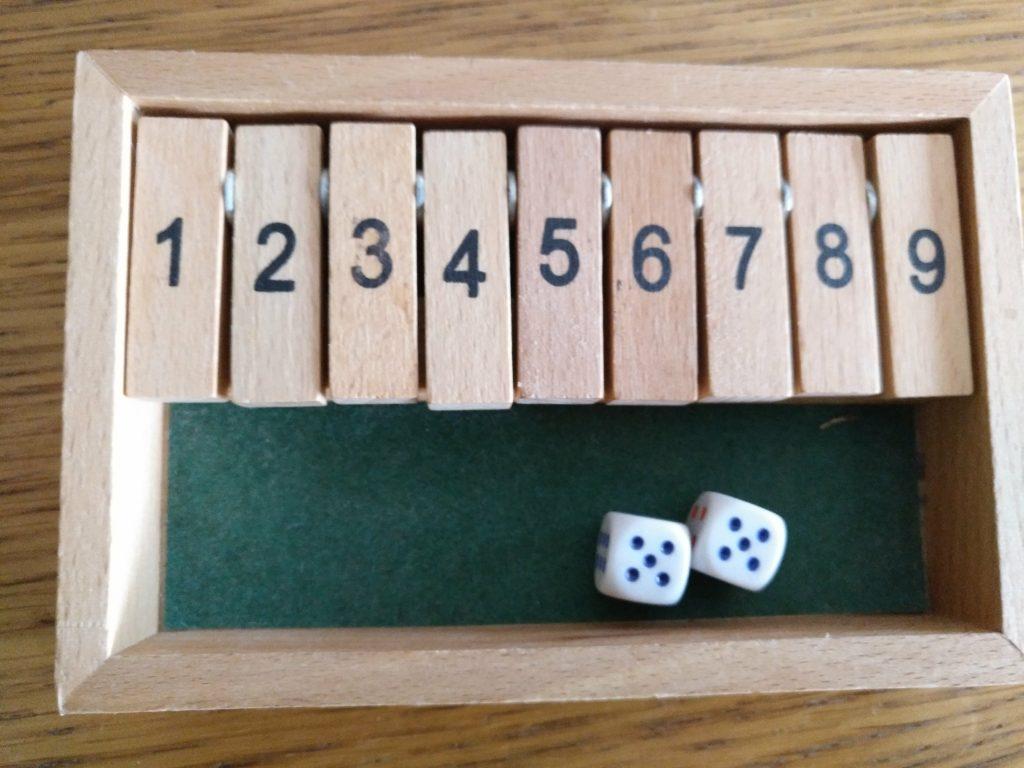 Juego cálculo mental cierra la caja