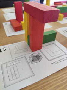 geometría manipulativa con proyecciones ortogonales y el puzzle Jenga